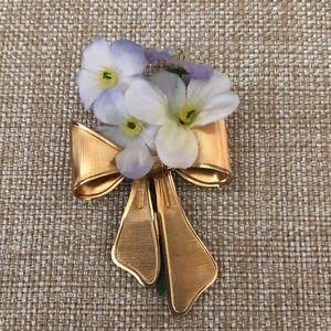 AVON Vintage Flower Brooch, Gold-Tone, circa 1980